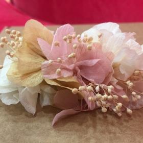 Detalle para fajín en flor preservada en tonos pastel