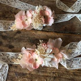 Pulseras en flor preservada en tono pastel