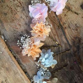 Orquillas Flor preservada en tonos pastel