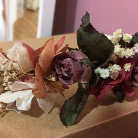 Tocado Floral en tono Silvestre