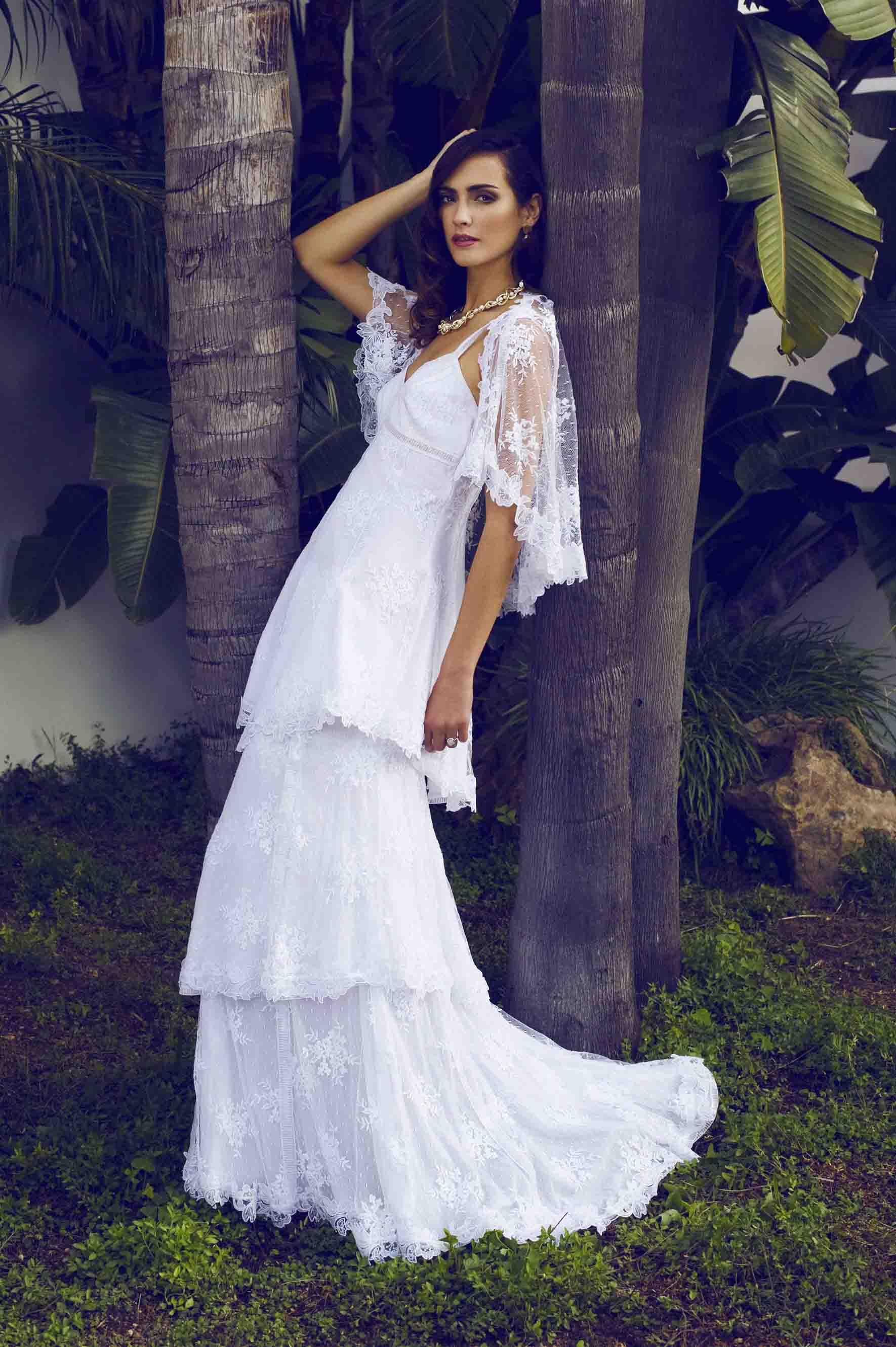 Colección Charo Ruiz | Ibiza TN. Trajes de novia, vestits de núvia.