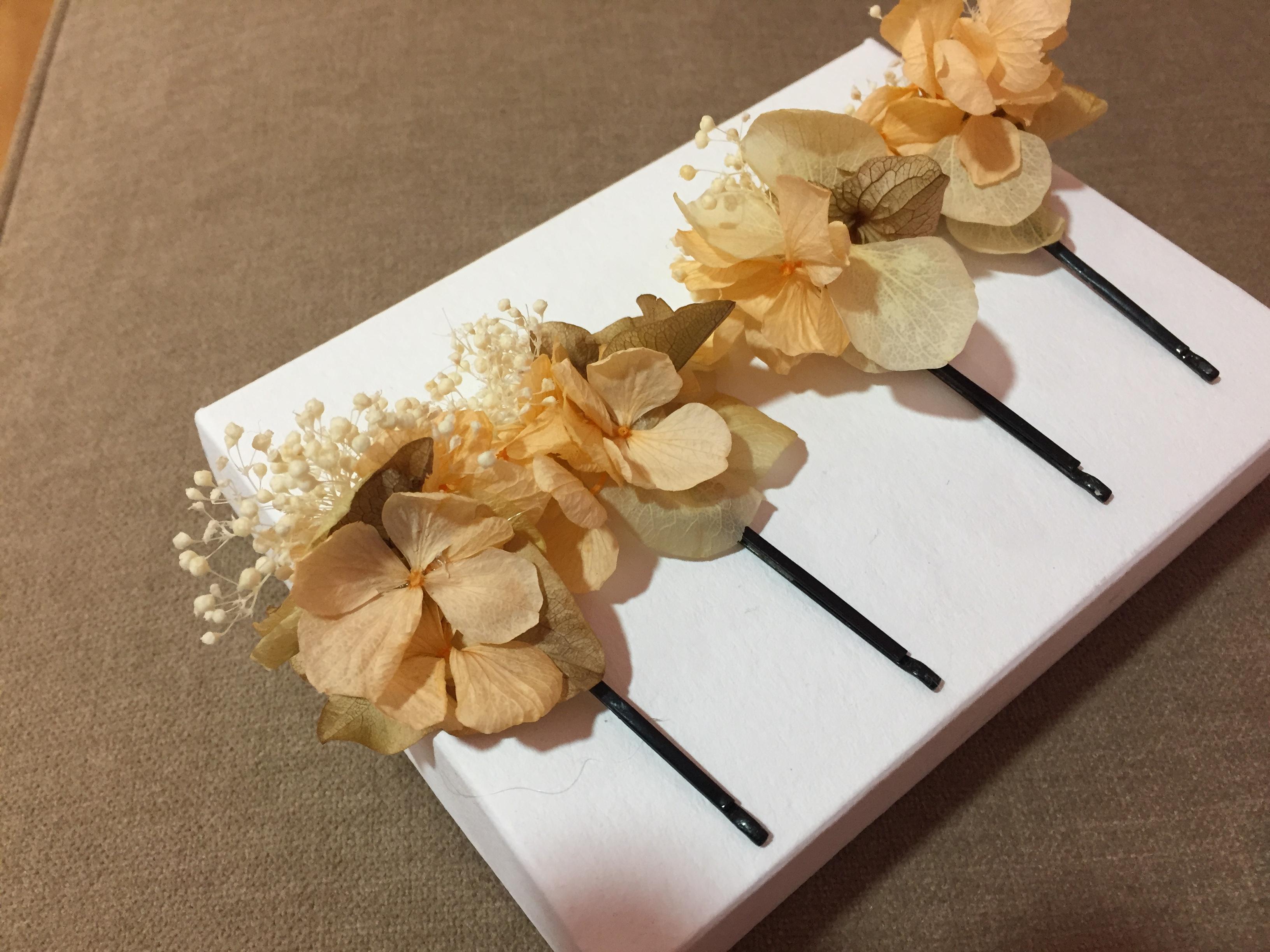 Orquillas en flor Preservada tonos naranjas