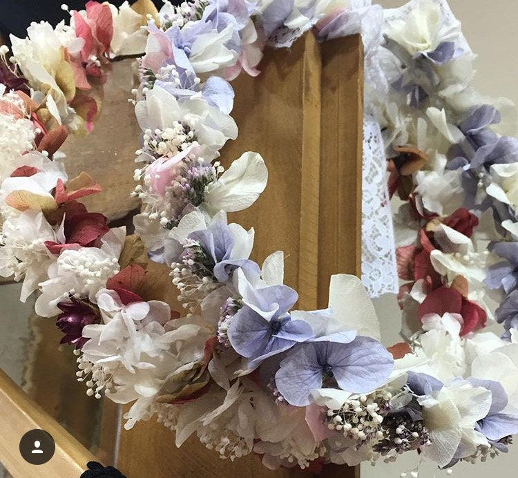 Coronas en flor Preservada