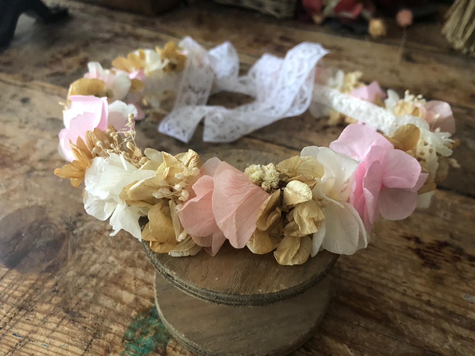 Corona Entera en flor preservada